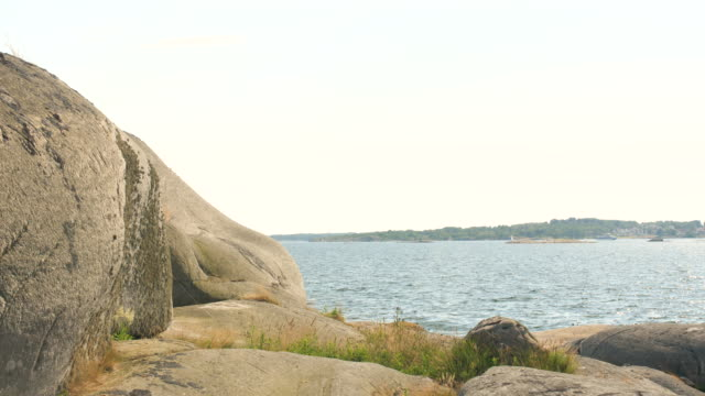klippa vid havet - bohuslän nature bildbanksvideor och videomaterial från bakom kulisserna