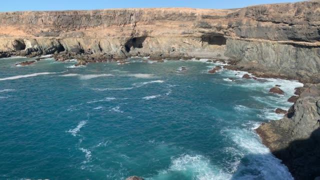 Klippen und Brandung von Ajuy in Fuerteventura Klippen und Brandung von Ajuy in Fuerteventura wasser videos stock videos & royalty-free footage
