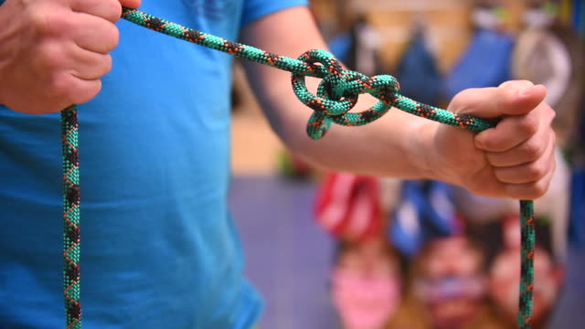 climbing knot tying video