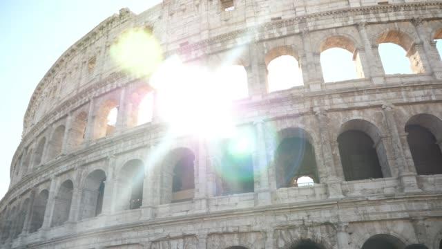 Close panoramic of the Roman Coliseum video