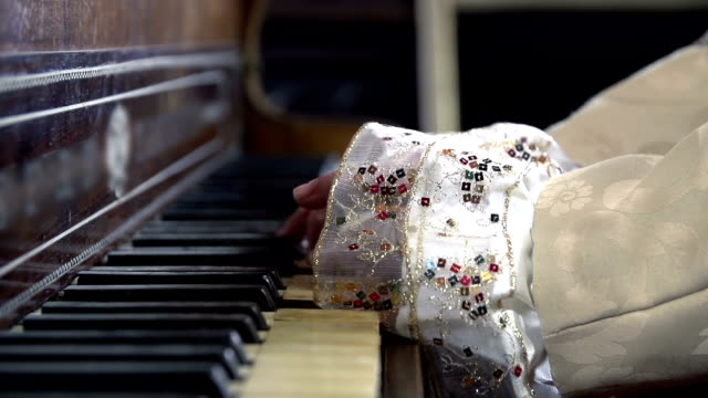 HD SLOW: Close shot of female baroquesqe hands playing piano Female from baroque era is playing piano renaissance architecture stock videos & royalty-free footage