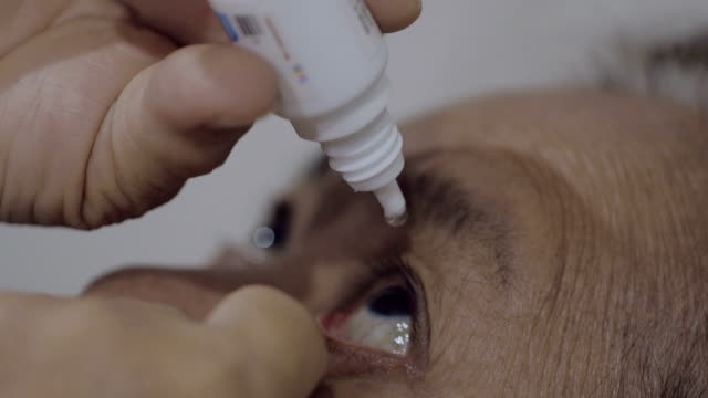 Close up : Eye drops video
