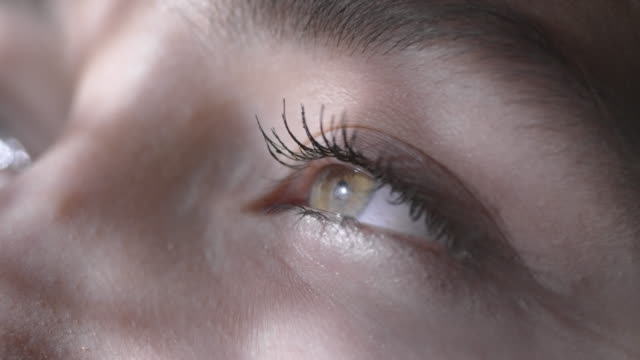 close up of eyes of woman - sognare video stock e b–roll