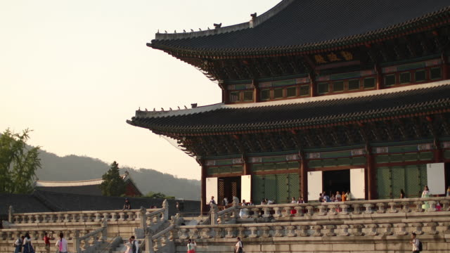Close up of Gyeongbokgung palace in Seoul,South Korea Gyeongbokgung Palace in Seoul, South Korea gwanghwamun gate stock videos & royalty-free footage