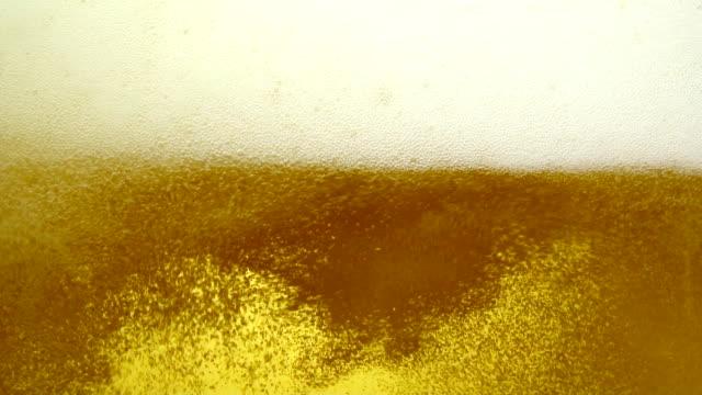 ビールのクローズアップ - ビール点の映像素材/bロール