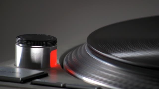 vidéos et rushes de gros plan de platine de disque vinyle - hip hop