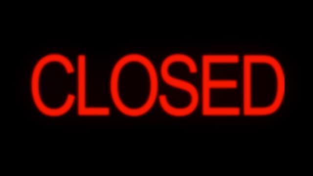 zamknięte i otwórz neon znak migotania - zachodnie pismo filmów i materiałów b-roll