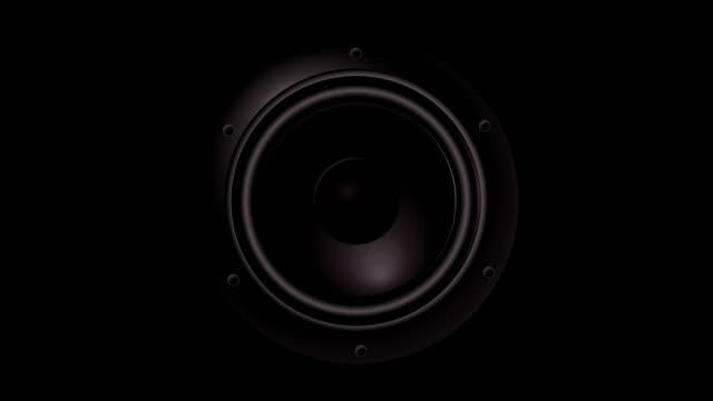 stockvideo's en b-roll-footage met close-up bij bewegende subwoofer. speaker deel muziek. achtergrond - luidspreker