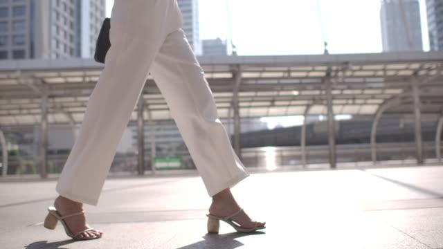 Close-up Leg of Businesswoman walking to Commuting to Work Close-up Leg of Businesswoman walking to Commuting to Work human foot stock videos & royalty-free footage