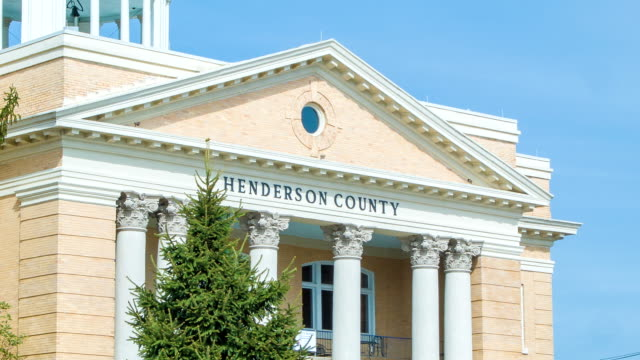 Nahaufnahme des alten Henderson County Courthouse in North Carolina – Video