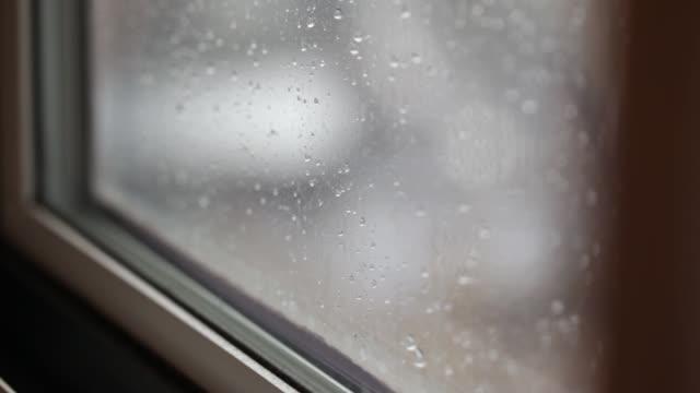 close-up raindrops on window - davanzale video stock e b–roll