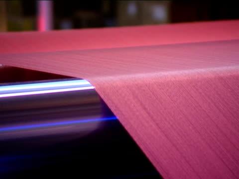 nahaufnahme textil - kurzwaren stock-videos und b-roll-filmmaterial