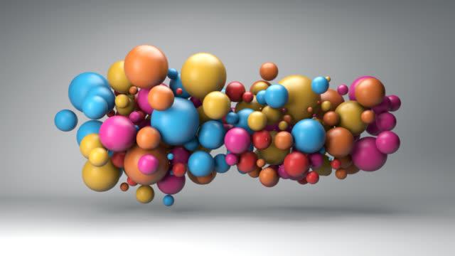 vidéos et rushes de nuage de boules colorées - balle ou ballon