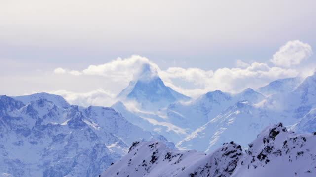 stockvideo's en b-roll-footage met clouds flowing over matterhorn - matterhorn