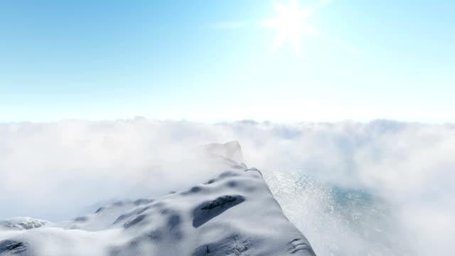 Wolken über den Bergen – Video