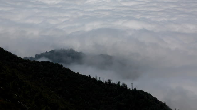 Clouds rolling in over Los Angeles: High Definition video from Mt. Wilson video