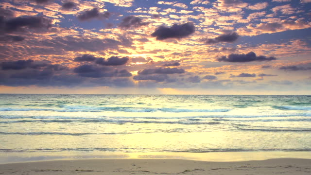 HD TIME LAPSE: Cloudscape On Florida Beach At Dawn video