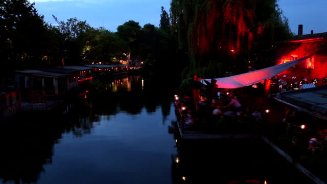 vídeos y material grabado en eventos de stock de escena club de berlín - berlín