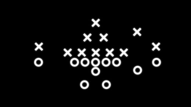 vídeos de stock e filmes b-roll de treinador de futebol animado no preto playbook ™ - bola