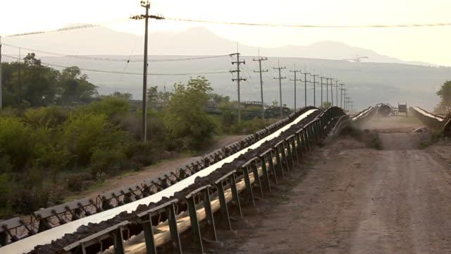 石炭コンベアベルト - 石炭点の映像素材/bロール