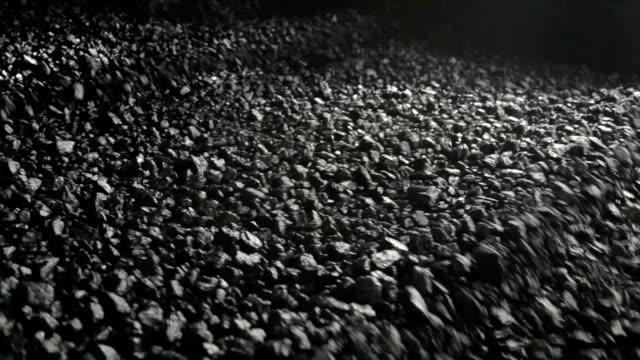темно-серый оттенок конвейер - уголь стоковые видео и кадры b-roll