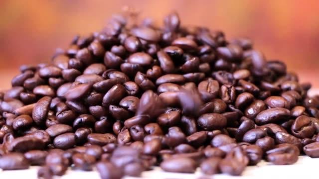 coffee grain black rub closeup video