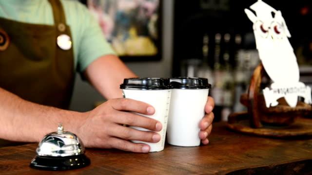 紙のホットコーヒーのカップ ビデオ