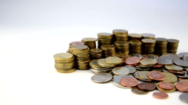 mynt som isolerad på vit bakgrund - pound sterling isolated bildbanksvideor och videomaterial från bakom kulisserna