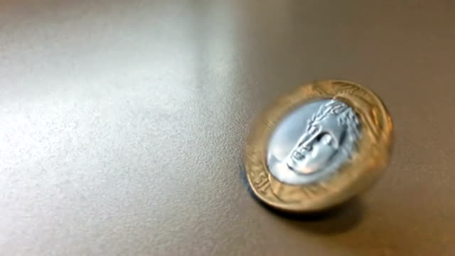 coins rotate slowmotion 120p