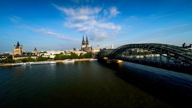 antenne: köln, deutschland - köln stock-videos und b-roll-filmmaterial