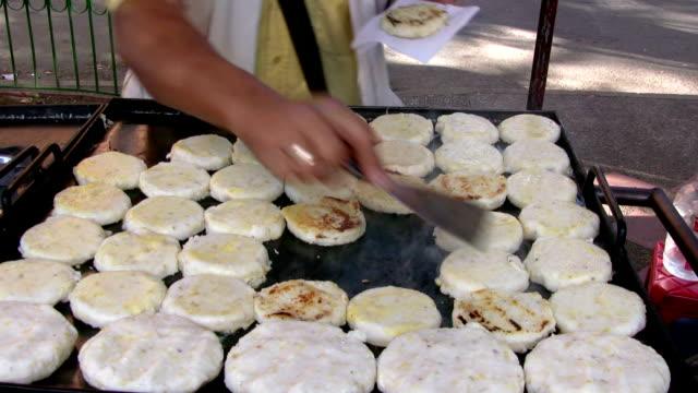 vídeos y material grabado en eventos de stock de hd: colombiano de alimentos - colombia