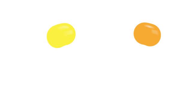 bunte kugeln, die auf bodenanimation mit alpha-kanal hüpfen. cartoon-sprungbälle farbe mit isoliertem weißen hintergrund - kugelform stock-videos und b-roll-filmmaterial