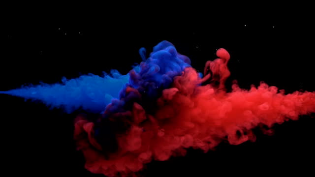 vídeos de stock e filmes b-roll de colorful ink mixing in water, slow motion - misturar