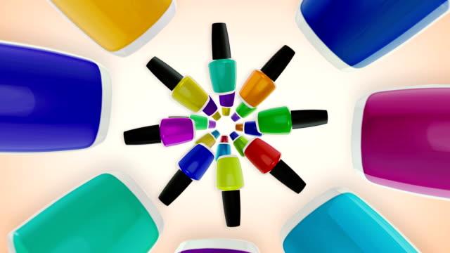 bunte nagellacke flaschen. - maniküre stock-videos und b-roll-filmmaterial