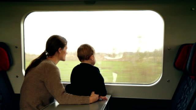 comfortable ride - enbarnsfamilj bildbanksvideor och videomaterial från bakom kulisserna