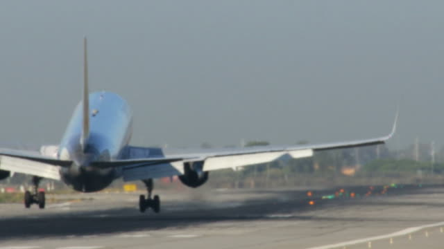 Commercial Airliner Landing in Barcelona Airport video