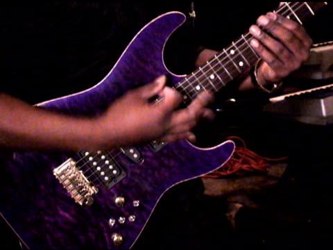 concerto di chitarra - {{asset.href}} video stock e b–roll