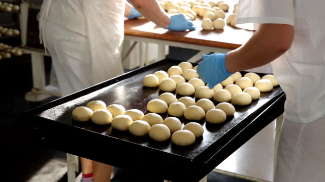 Confectioners make desserts video