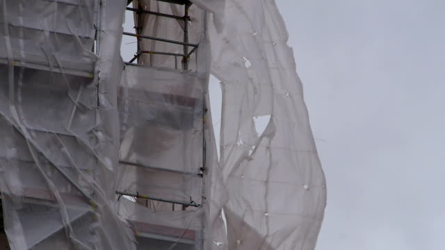 Construction scaffolding in a strong wind. video