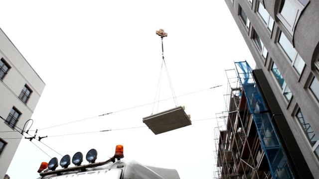 建設現場 - クレーン点の映像素材/bロール