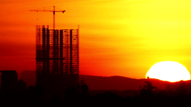 construction sunrise time lapse - construction 個影片檔及 b 捲影像