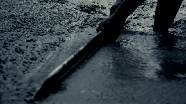 byggnadsarbetare - construction workwear floor bildbanksvideor och videomaterial från bakom kulisserna