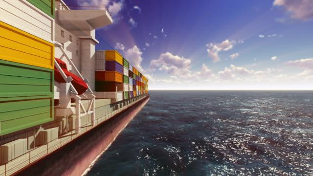 container-schiff, auf dem meer - container stock-videos und b-roll-filmmaterial