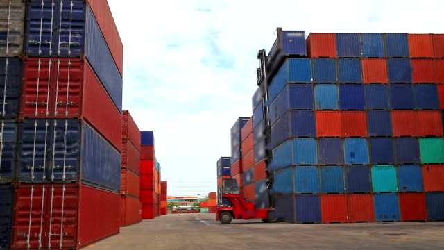 containers video