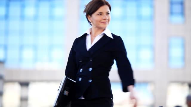 Contemporary businesswoman. video