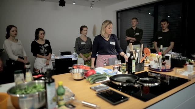 cooking class in slow motion - cibi e bevande video stock e b–roll
