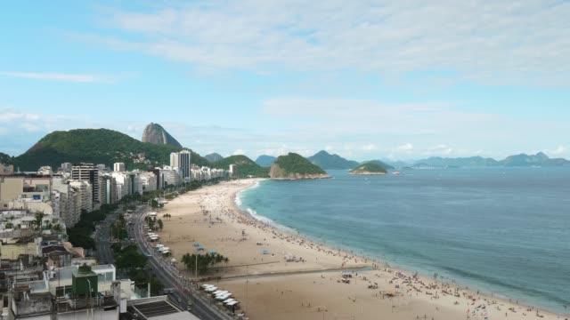 コパカバーナビーチ、リオデジャネイロ(ブラジル) - コパカバーナ海岸点の映像素材/bロール