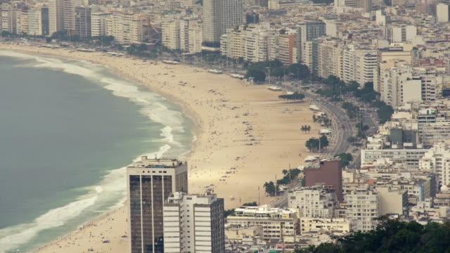 コパカバーナビーチ、リオデジャネイロの上からの眺め - コパカバーナ海岸点の映像素材/bロール