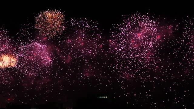 コパカバーナ花火 2015 年、新しい年の前夜 - コパカバーナ海岸点の映像素材/bロール