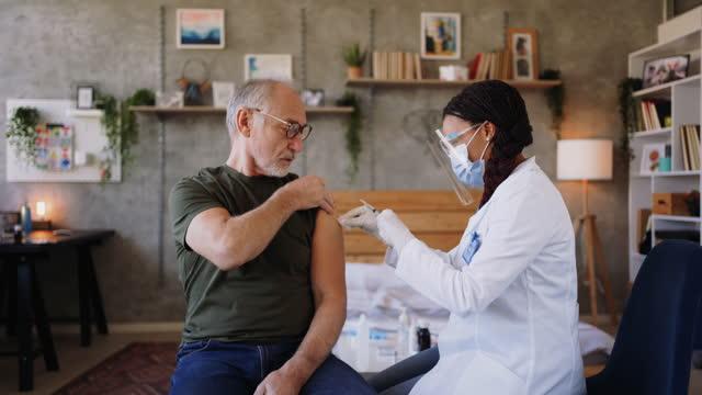 Coronavirus vaccination video